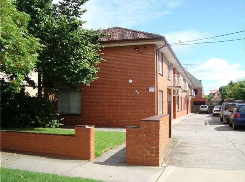 Main view of Homely apartment listing, 6/32 Hobbs Street, Seddon, VIC 3011