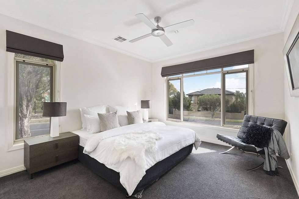 Fifth view of Homely townhouse listing, 14 Summit Avenue, Oak Park VIC 3046