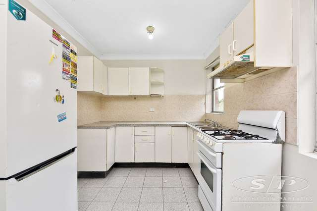 5/25 Marlene Crescent, Greenacre NSW 2190