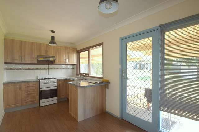 27 Birkdale Crescent, Liverpool NSW 2170