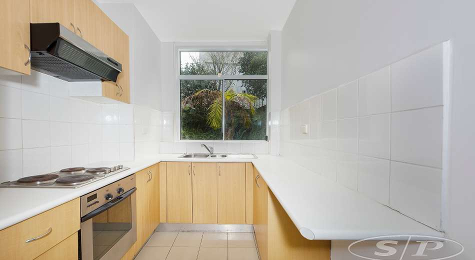 6/174 Old South Head Road