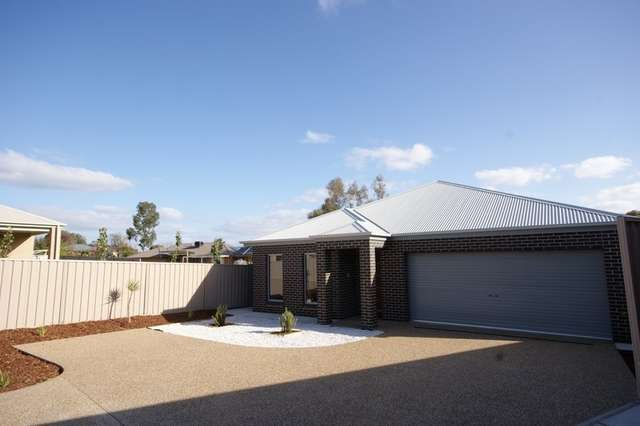 3 Dwyer Place, Thurgoona NSW 2640
