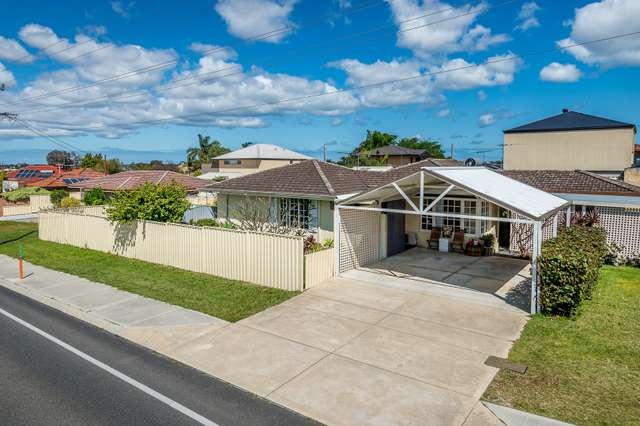 102 Poincaire Street, Stirling WA 6021