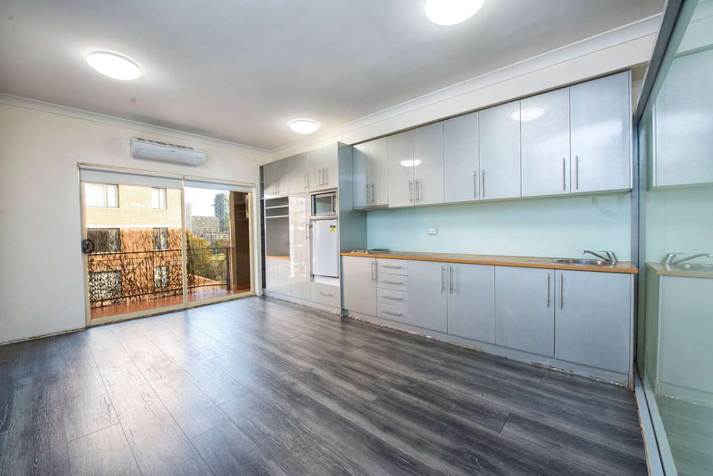 Main view of Homely unit listing, 9/64 Buckingham Street, Surry Hills NSW 2010