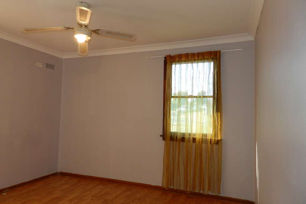 Fifth view of Homely house listing, 2 Gauss Place, Tregear NSW 2770