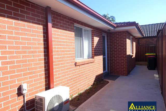1/17 Eynham Road, Milperra NSW 2214