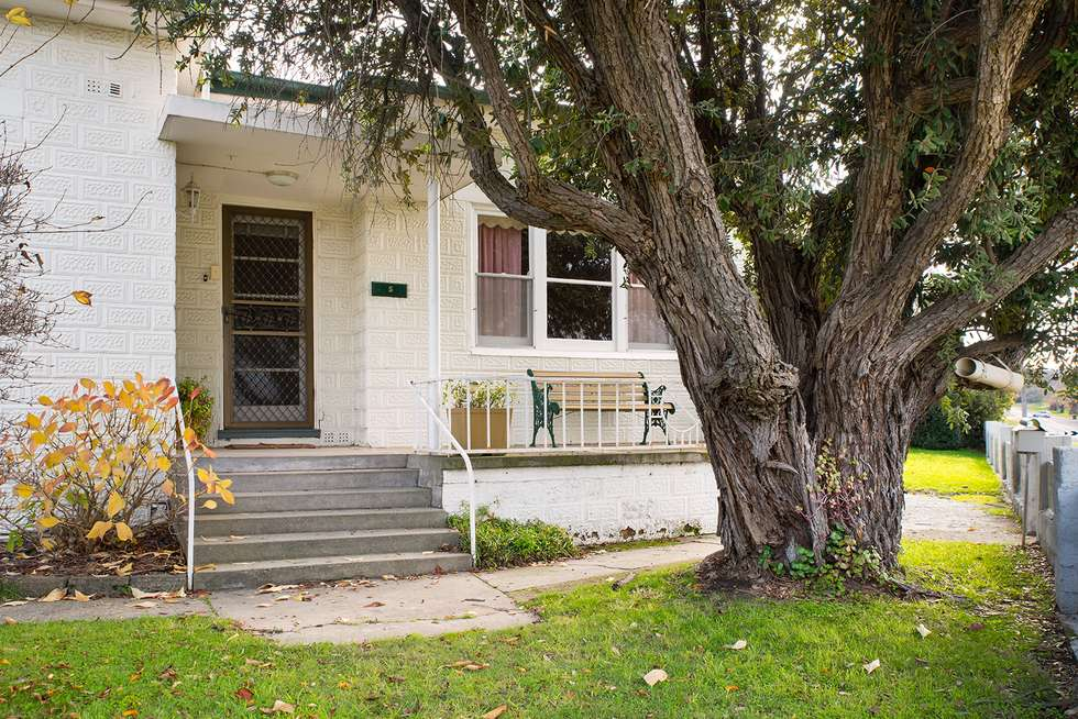 Third view of Homely house listing, 5 Reef Street, Maldon VIC 3463