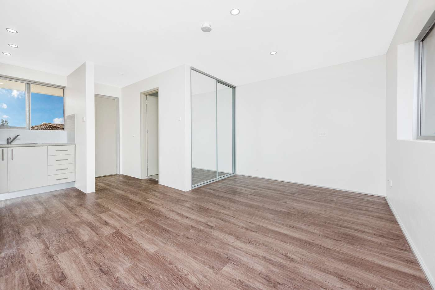 Main view of Homely studio listing, 28/4 Bank Street, Meadowbank NSW 2114