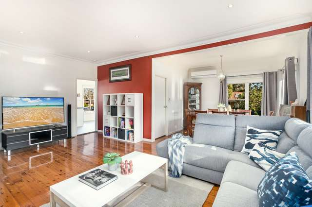 19 Iraga Avenue, West Wollongong NSW 2500