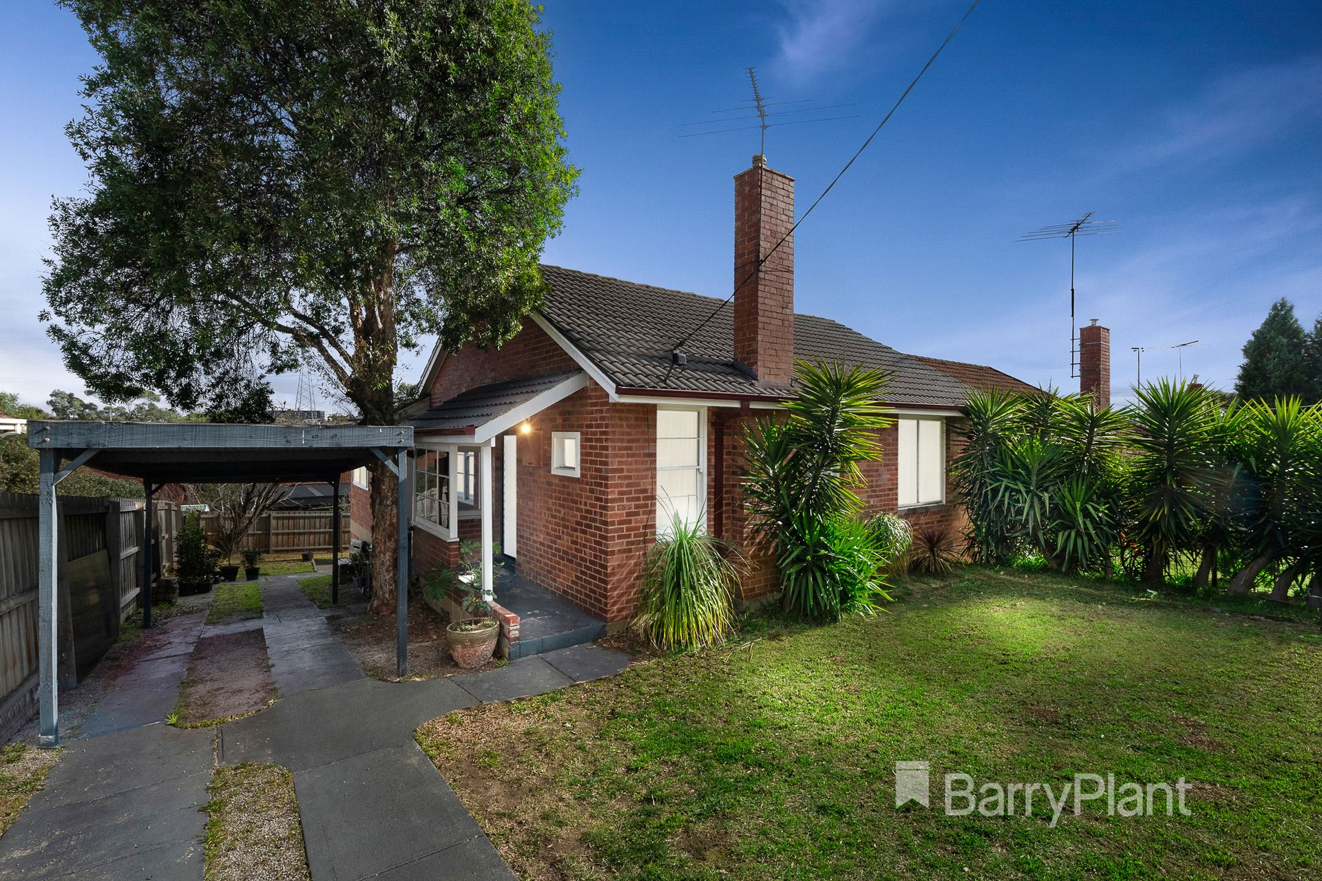 15 Whitton Parade