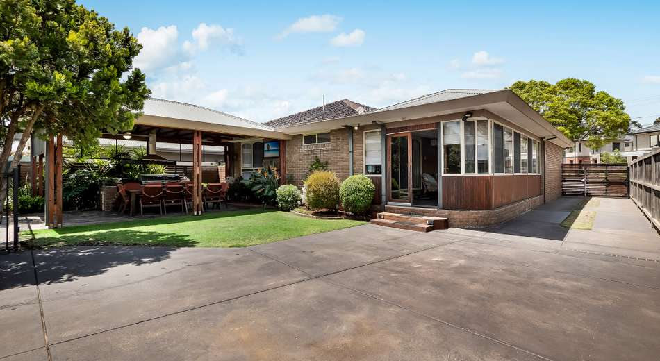 1 Mountainview Crescent, Seaford VIC 3198