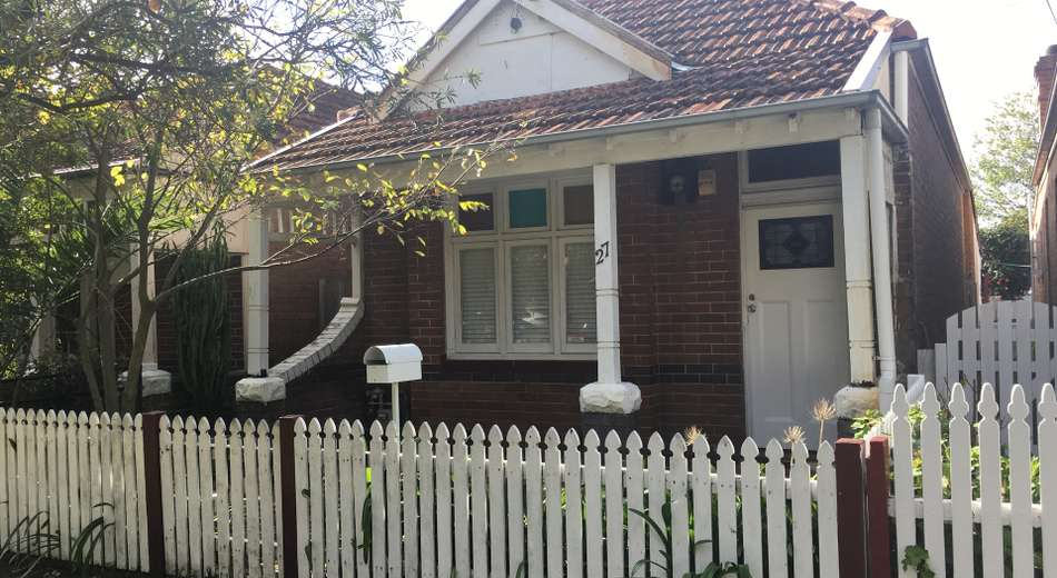 27 Oxley Street