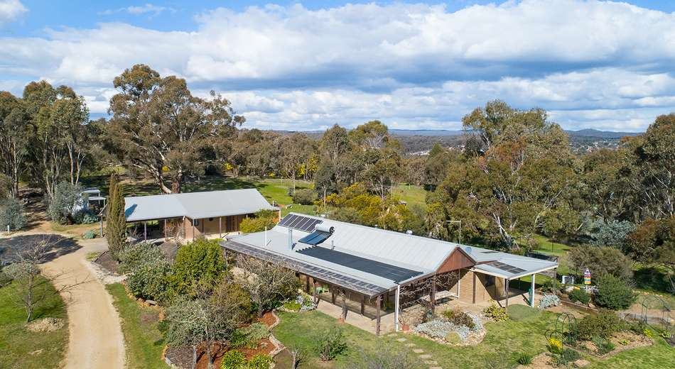 60 Odgers Road, Castlemaine VIC 3450