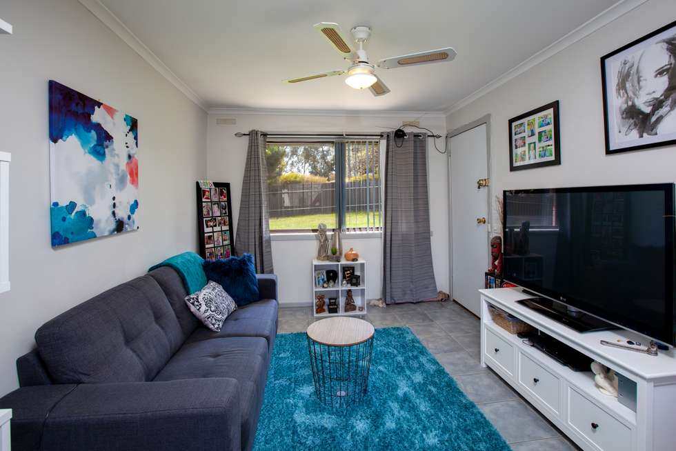 Second view of Homely unit listing, 5/7 Skipton Court, Wodonga VIC 3690