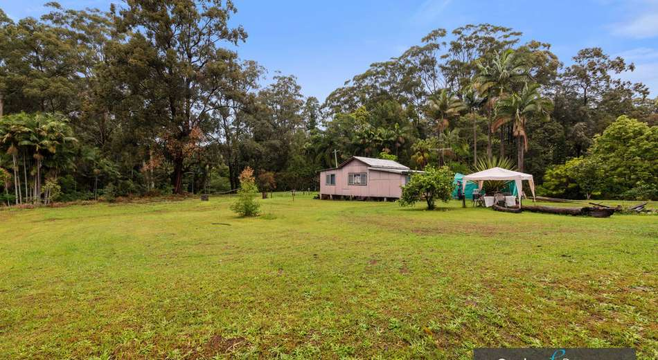 143 Korora Basin Road