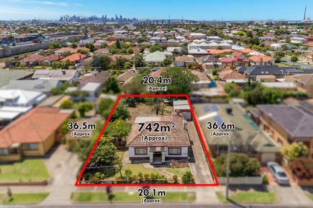 13 Strong Street, Spotswood VIC 3015