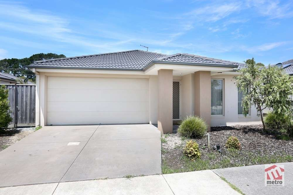 Main view of Homely house listing, 10 Young Street, Pakenham, VIC 3810