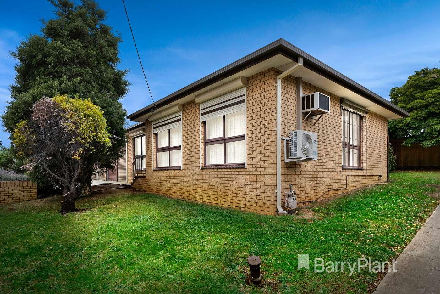 Main view of Homely unit listing, 2/50 Elizabeth Street, Coburg VIC 3058