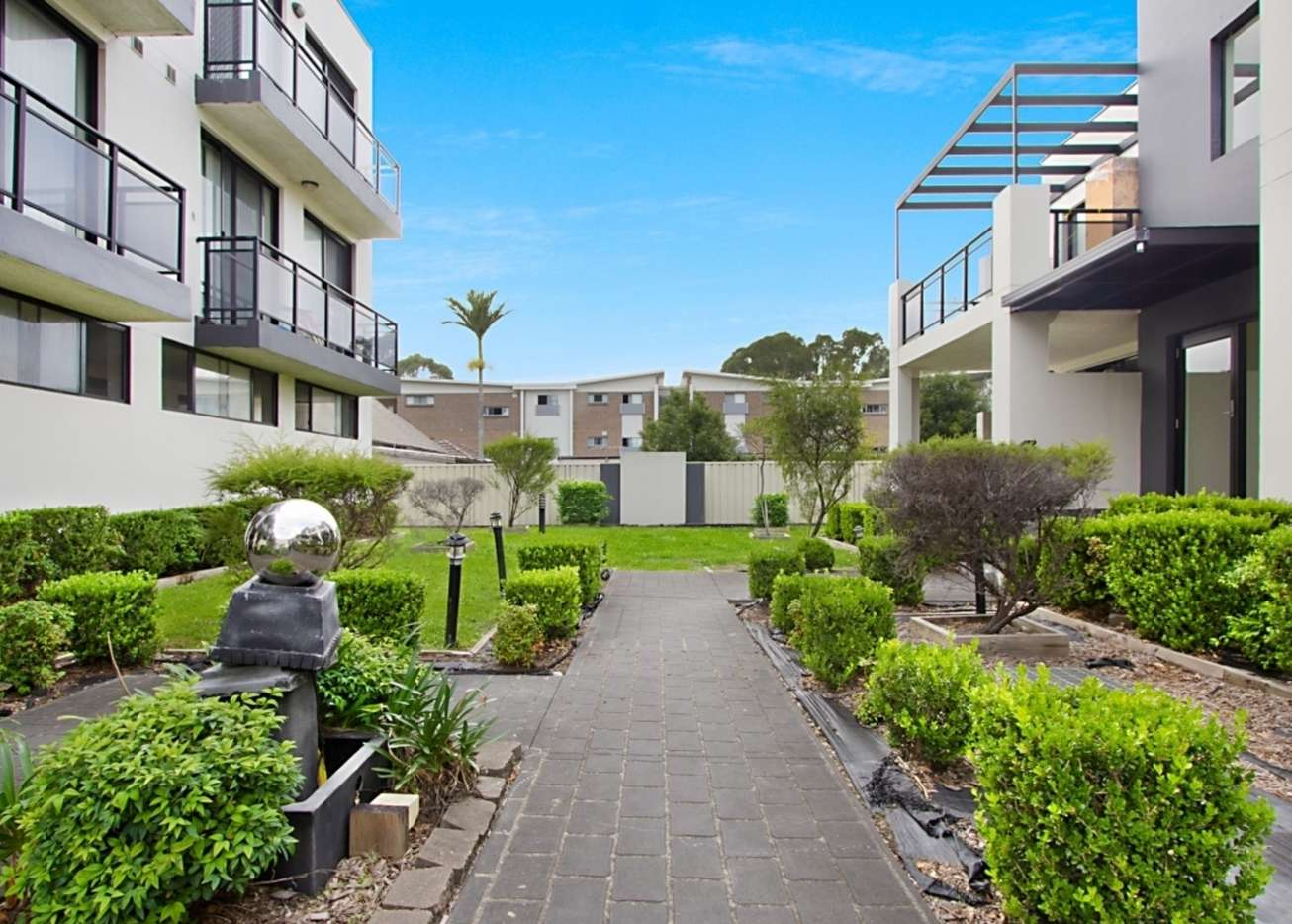 Main view of Homely unit listing, 15/7 Short Street, Wentworthville, NSW 2145