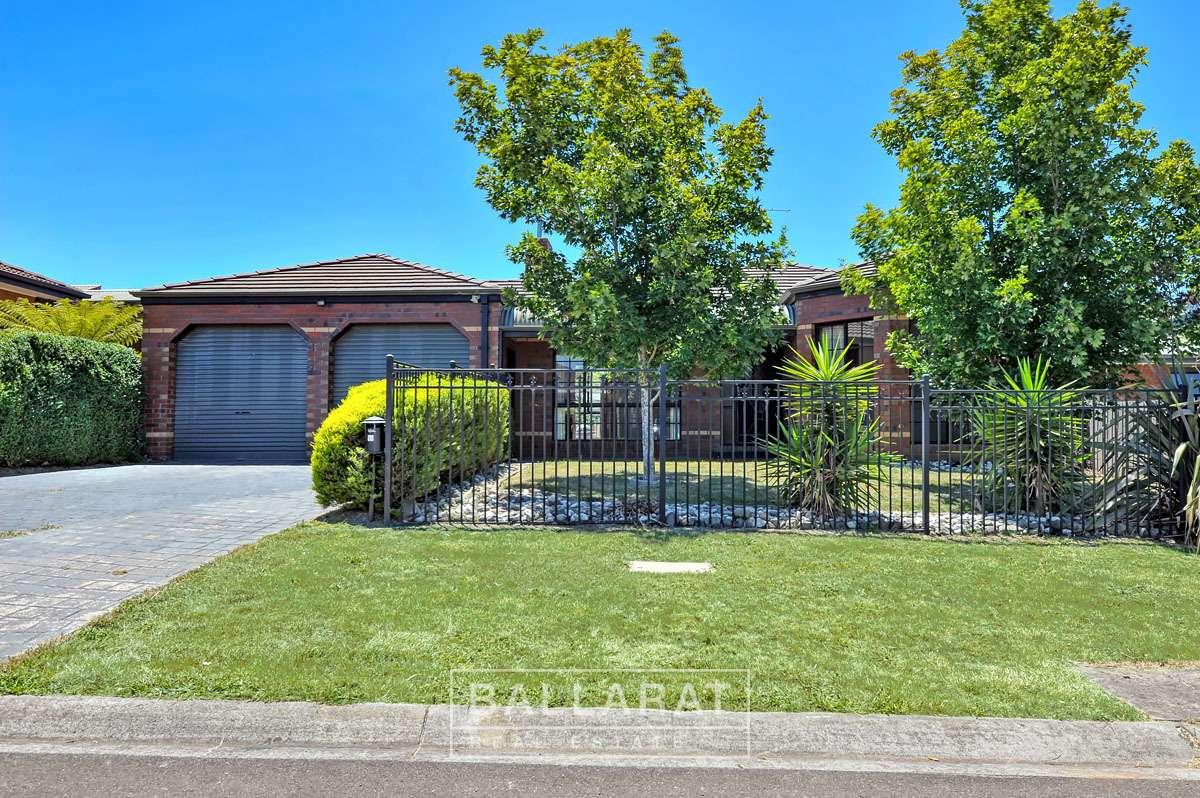 Main view of Homely house listing, 6 Loren Close, Ballarat North, VIC 3350