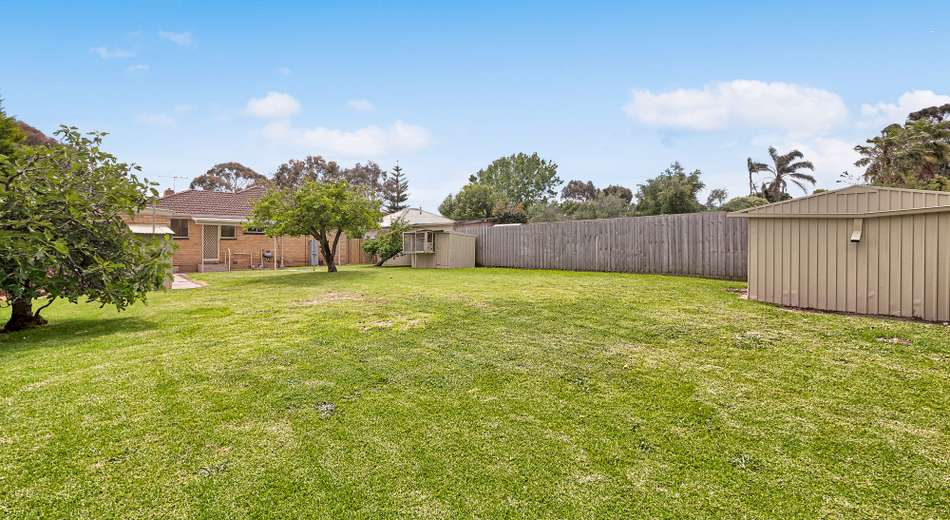 8 Ti-Tree Crescent, Seaford VIC 3198