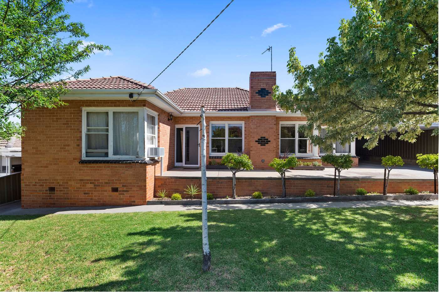 Main view of Homely house listing, 2 Marroo Street, White Hills VIC 3550