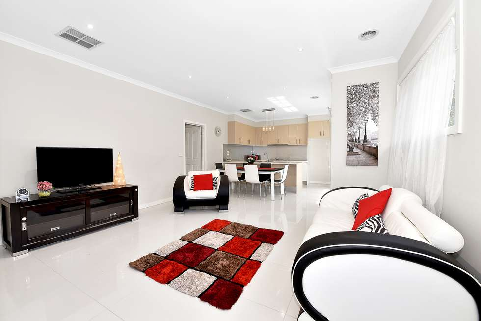 2/5 Dorrington Avenue