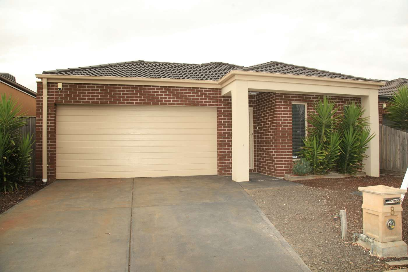 Main view of Homely house listing, 8 Methven Avenue, South Morang VIC 3752