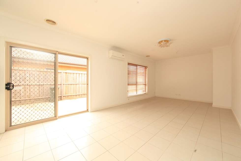 Third view of Homely house listing, 8 Methven Avenue, South Morang VIC 3752