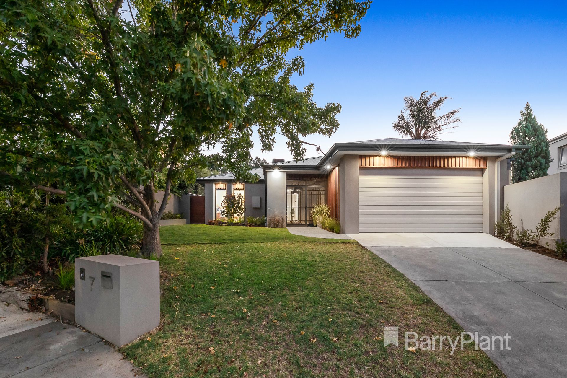 7 Boonah Court