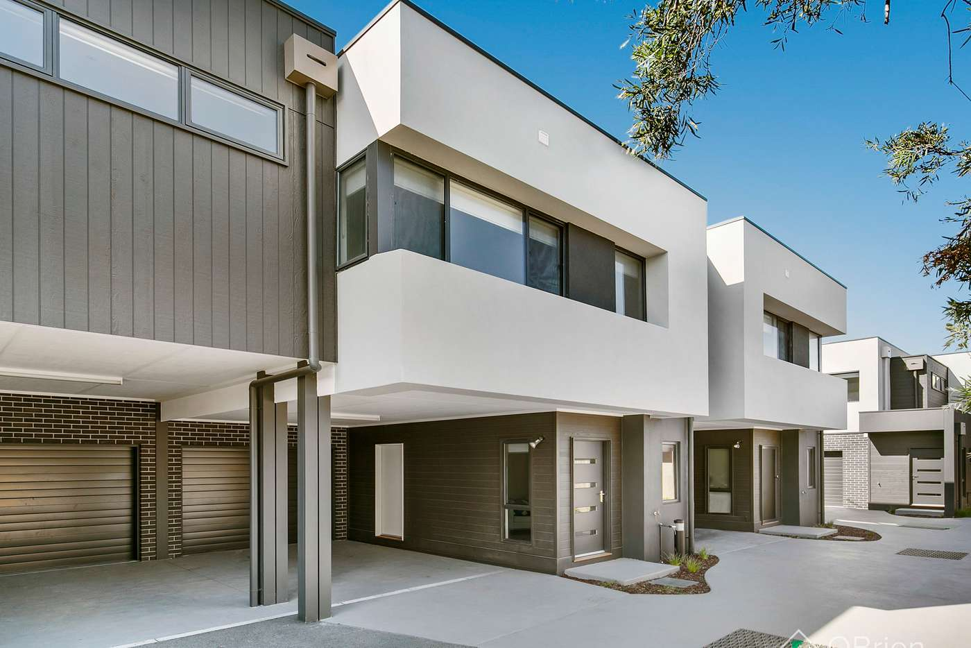 Main view of Homely townhouse listing, 2/297 Station Street, Chelsea VIC 3196