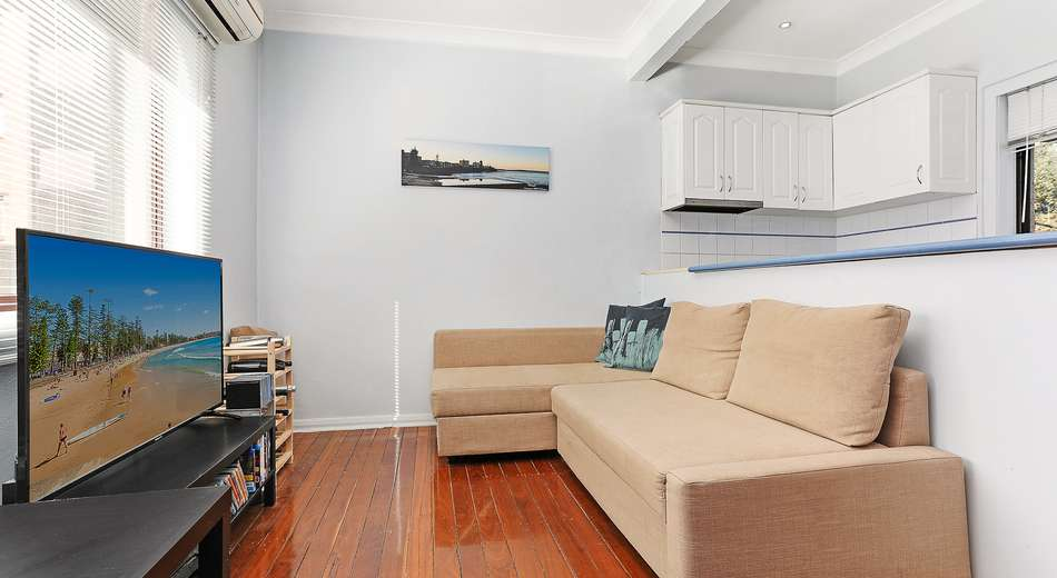 2/12 Caronia Avenue, Cronulla NSW 2230