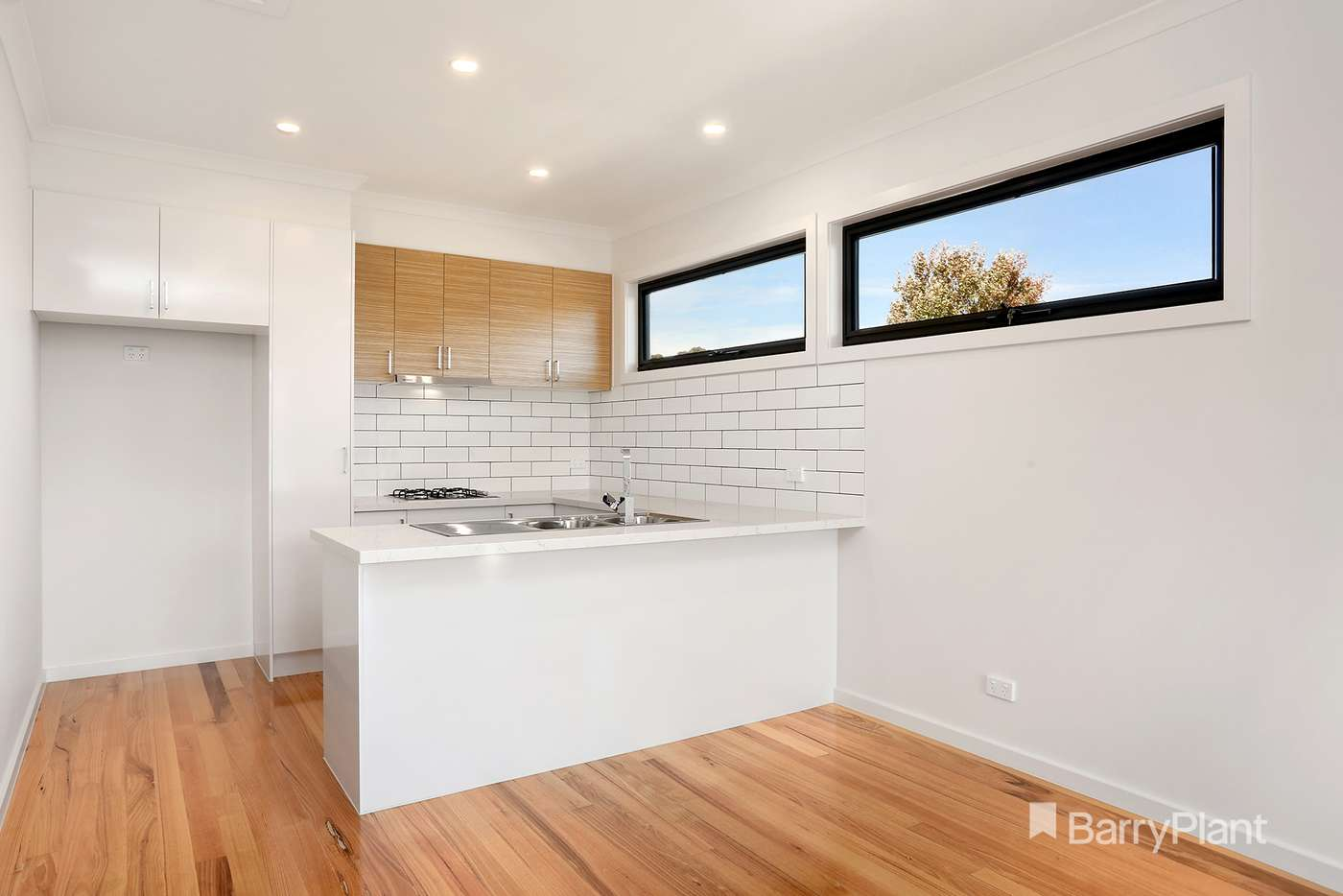 Main view of Homely townhouse listing, 1/682 Pascoe Vale Road, Oak Park VIC 3046