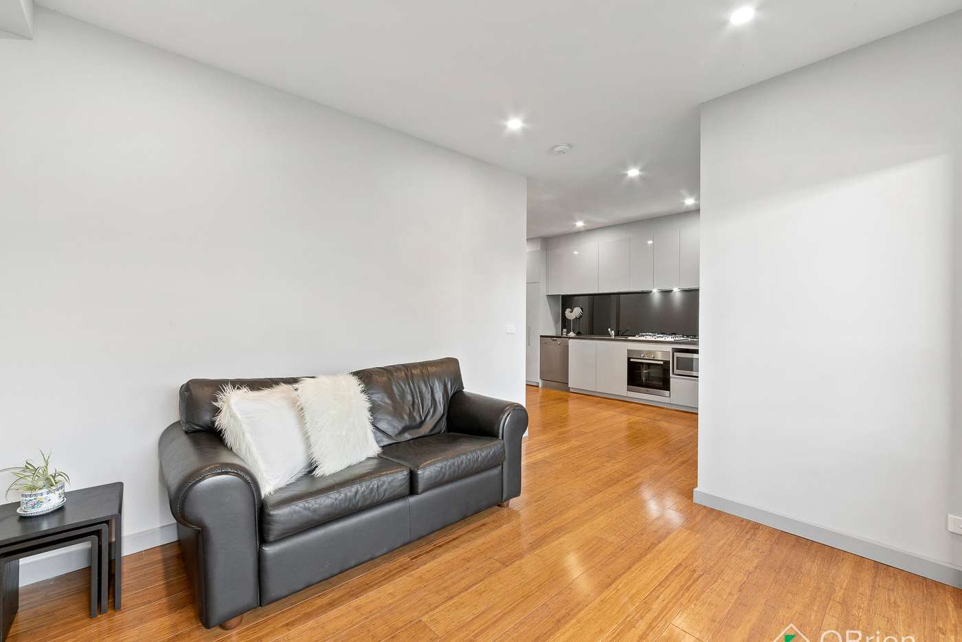 Fifth view of Homely apartment listing, 1/11 Railway Crescent, Hampton VIC 3188