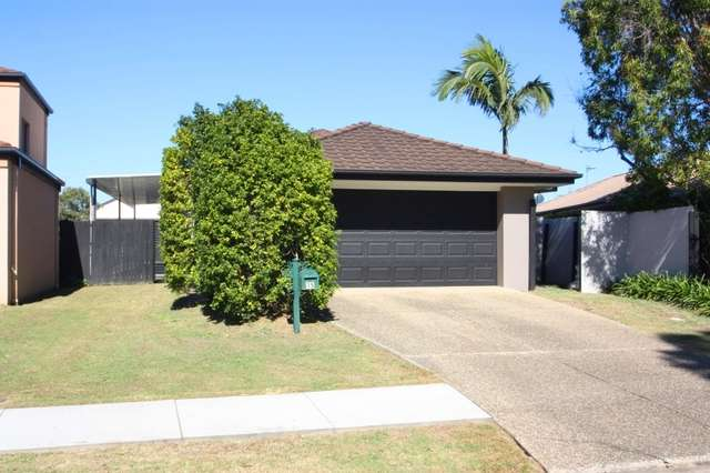 15 Hialeah Crescent, Helensvale QLD 4212