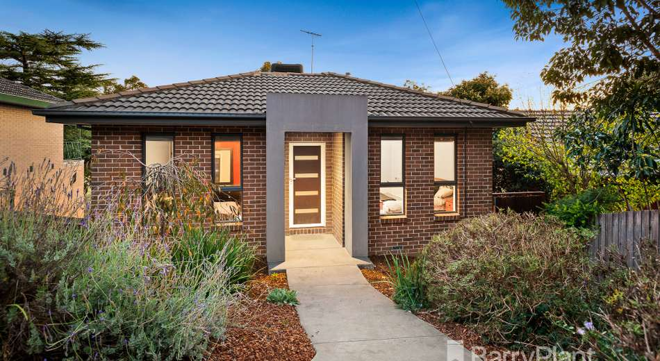 17 Cleve Road, Pascoe Vale South VIC 3044