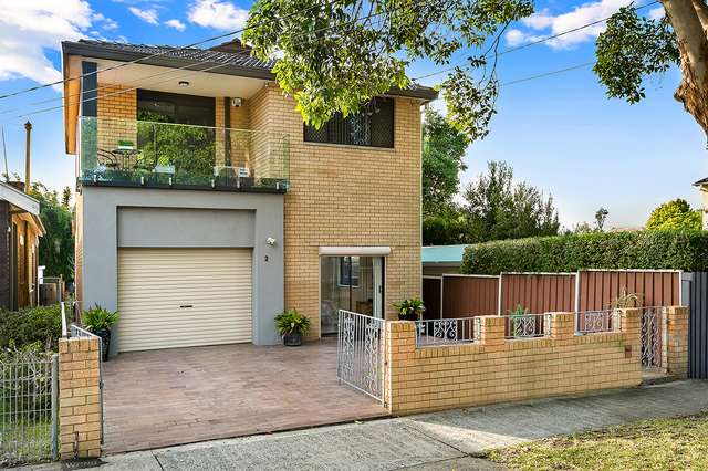 2 Howley Street, Rodd Point NSW 2046