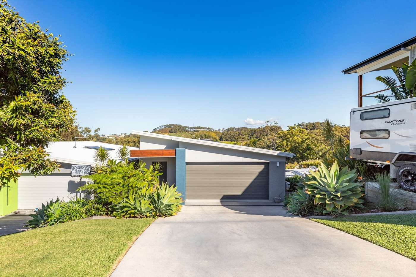 Main view of Homely house listing, 2/21 Ballantine Drive, Korora, NSW 2450