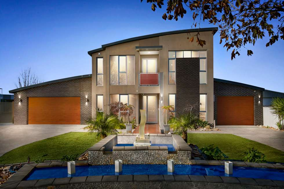Second view of Homely house listing, 12 Buchanan Court, Taylors Lakes VIC 3038