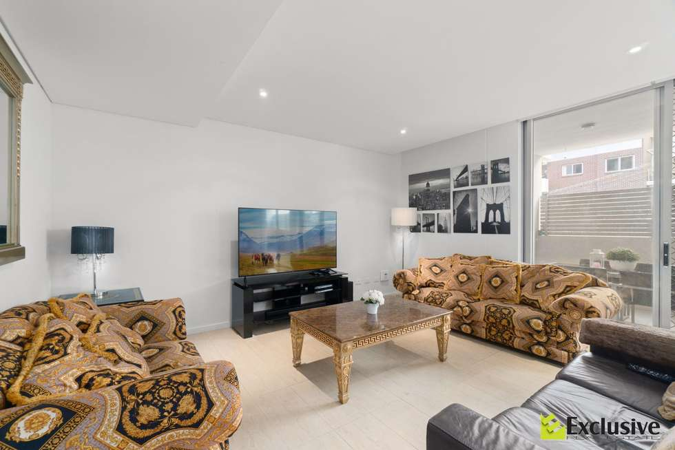 Second view of Homely unit listing, 2/13 Hilly Street, Mortlake NSW 2137