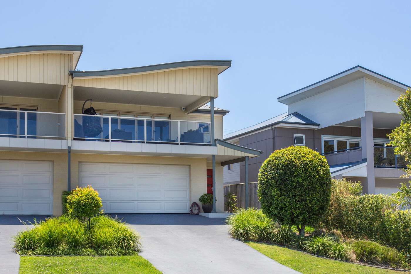 Main view of Homely townhouse listing, 1/24-26 Wuru Drive, Dolphin Point NSW 2539