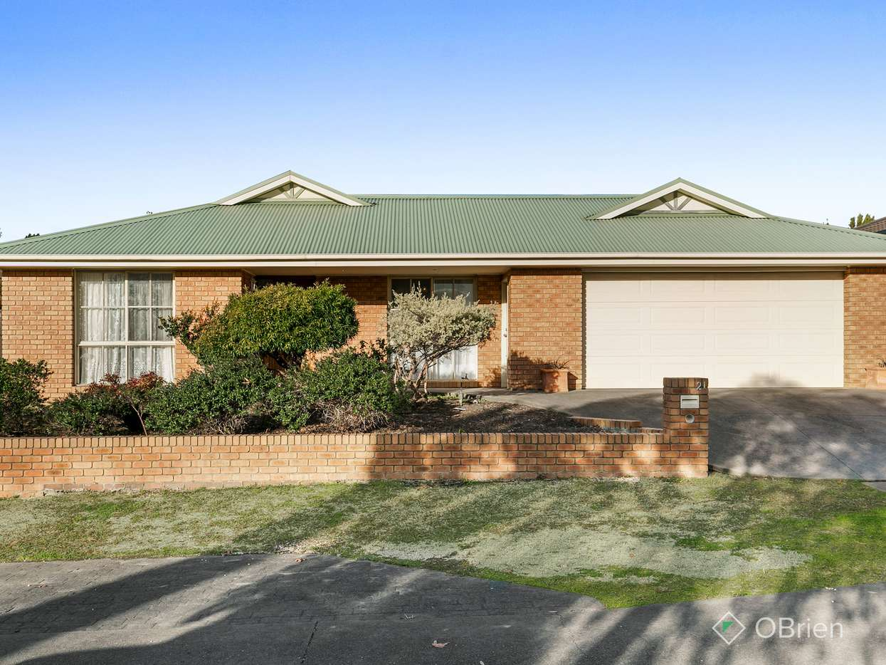 Main view of Homely house listing, 21 Cromwell Lane, Cranbourne East, VIC 3977