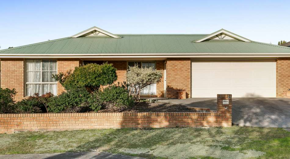 21 Cromwell Lane, Cranbourne East VIC 3977