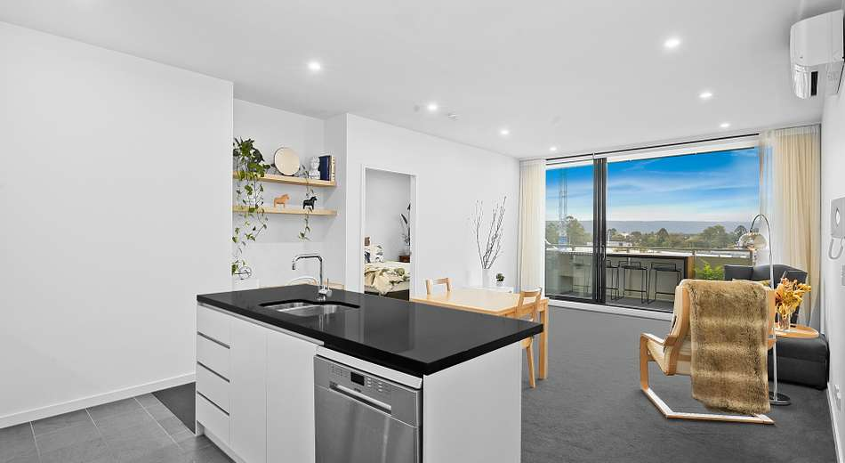 601/101C Lord Sheffield Circuit, Penrith NSW 2750