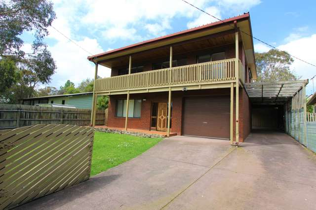 13 Island Crescent, Cowes VIC 3922