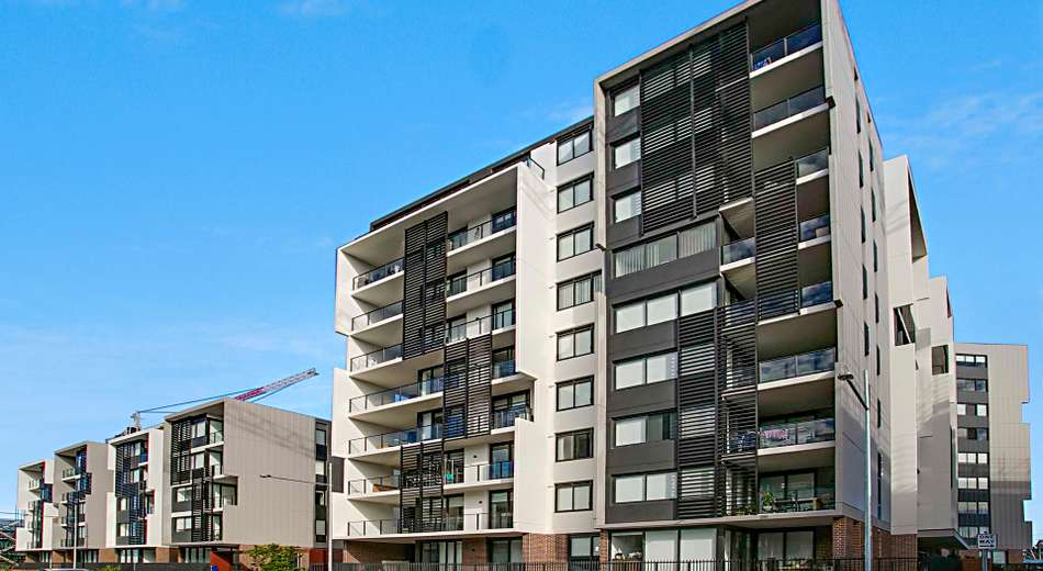 606/81A Lord Sheffield Circuit, Penrith NSW 2750
