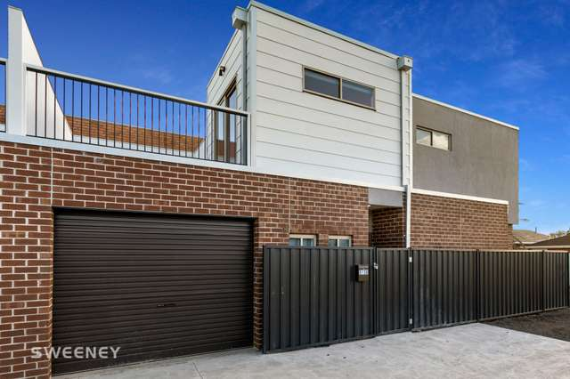 2/38 William Street, St Albans VIC 3021