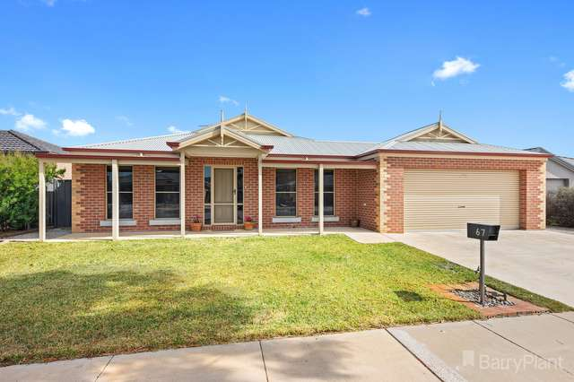 67 Greenfield Drive, Epsom VIC 3551