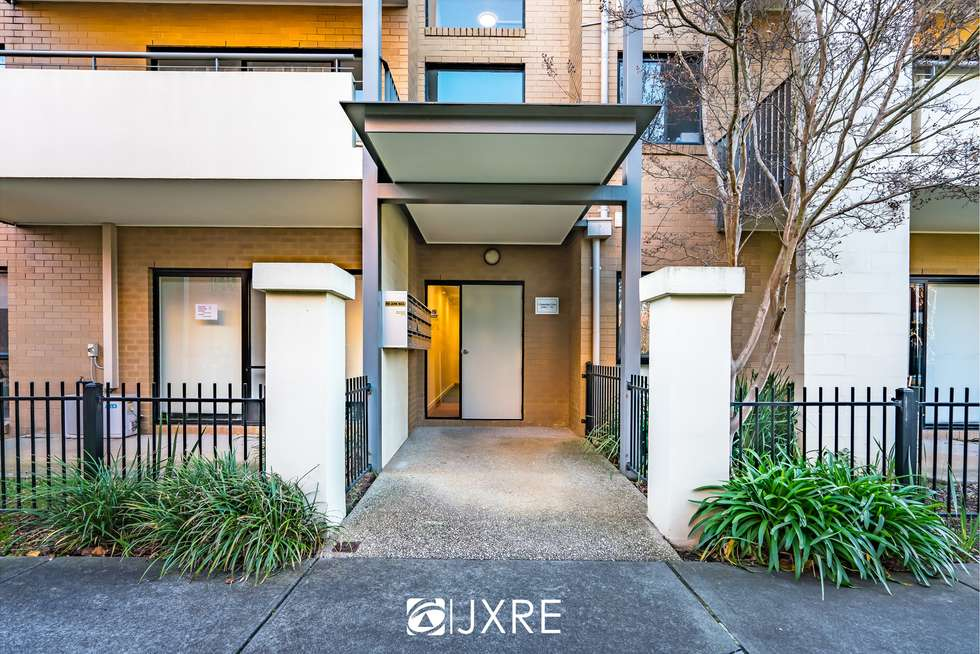 30/1 Greenfield Drive, Clayton VIC 3168