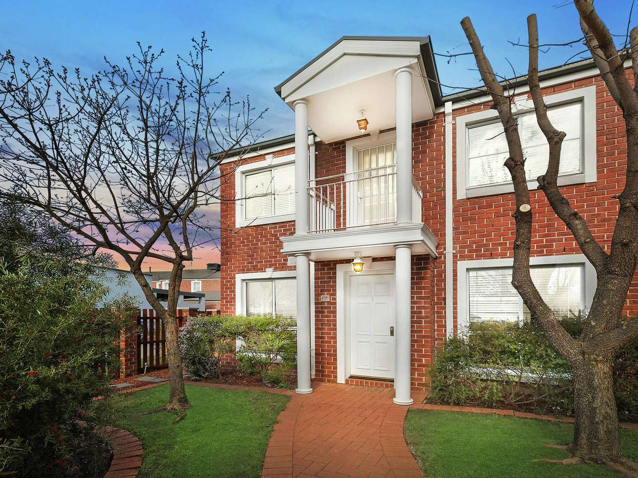 Main view of Homely townhouse listing, 1/2 Goldman Street, Bruce, ACT 2617